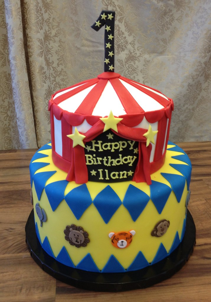 Wondrous Circus Birthday Cake A Photo On Flickriver Personalised Birthday Cards Veneteletsinfo