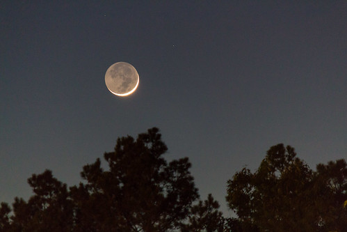 Young Crescent Moon with Earthshine | by Nohrmal