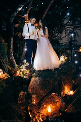 Fairytale ceremony at lake