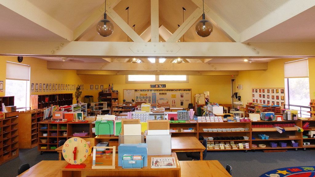 Hillside Montessori School