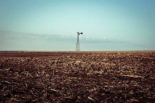 usa abandoned windmill field wisconsin landscape spring alone unitedstates decay farm minimal dirt baycity hagercity