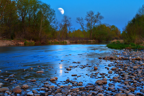 moon reflection water canon river landscape evening twilight dusk stones sigma pebbles idaho boise moonrise 7d hdr boiseriver photomatix 1750mm