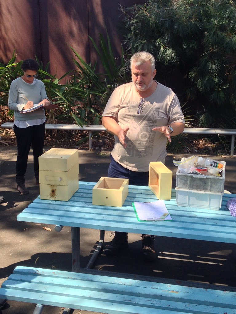 Tony Goodrich Demonstrating Hive Spliting Images From