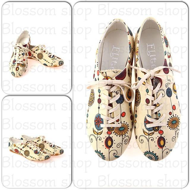 29ddf271b ... حذاء ربط من Elite Goby أصلي الخامة: قماش كتان المقاس: ٤٠ السعر: ٣٠٠