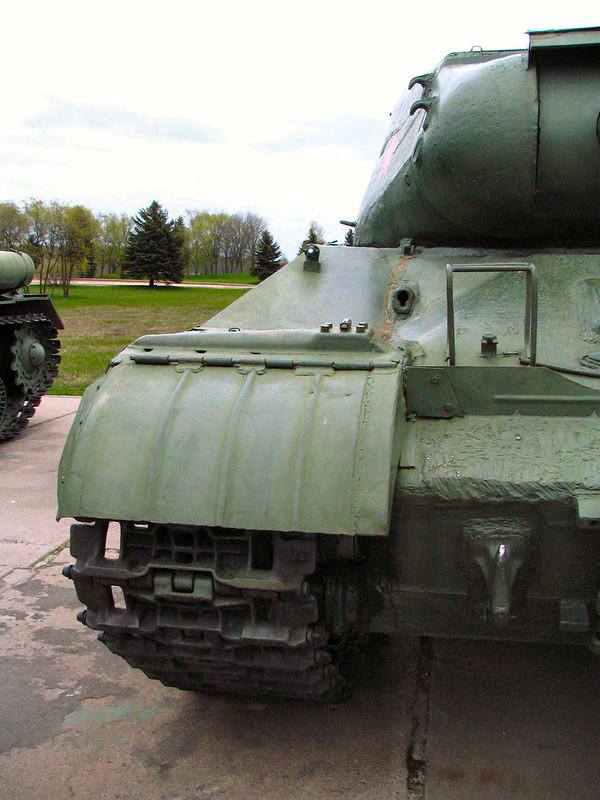 IS-2 (3)
