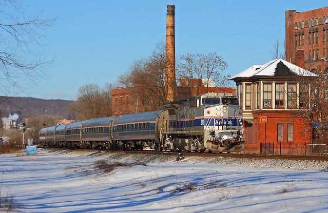 Amtrak 42 - CP HUNT