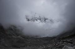Llaca Glacier and Uqshapallqa / Ocshapalca
