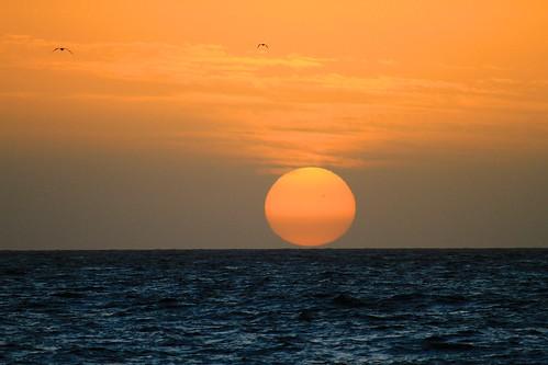sea sky sun seascape color water colors sunrise canon interesting day cloudy outdoor colorfull lanzarote 7d rc sjø 2014 farger yahooweather fotoroar2013
