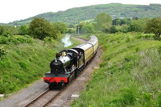 7820 'Dinmore Manor' approaches Cheltenham Racecourse - 26/05/14