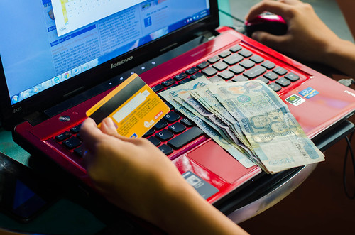 Philippine credit or debit card payment and money | by fotografirox