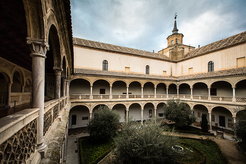 Museo de Santa Cruz y convento de Santa Fe | by https://www.facebook.com/robertotaddeofoto28