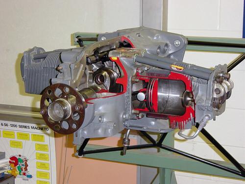 Lycoming O-290 Cut-away