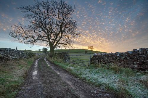 winter sunrise day cloudy peakdistrict staffordshire peakdistrictnationalpark walkinginstaffordshire