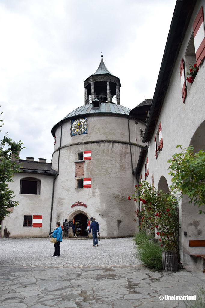 Hohenwerfenin linnan kulmatorni