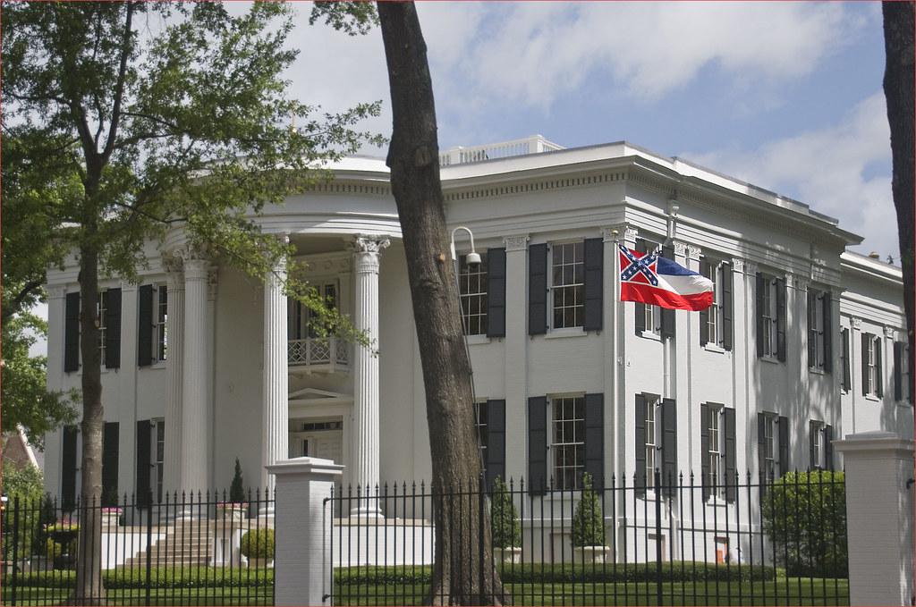 Governors Estates sales tax calculator