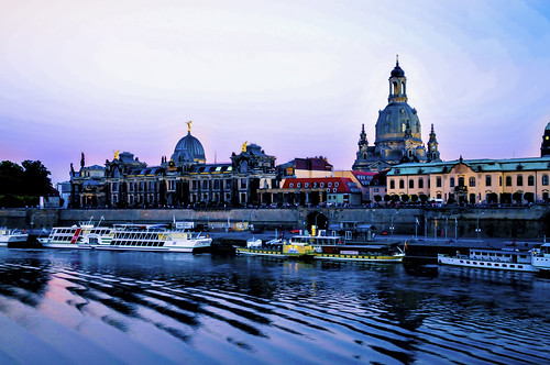 Dresden, die Brühlschen Terrassen im letzten Licht des Tages | by Polybert49
