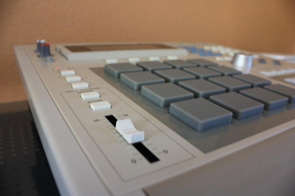 Akai MPC 3000 Fat Pads | Sahbatik | Flickr