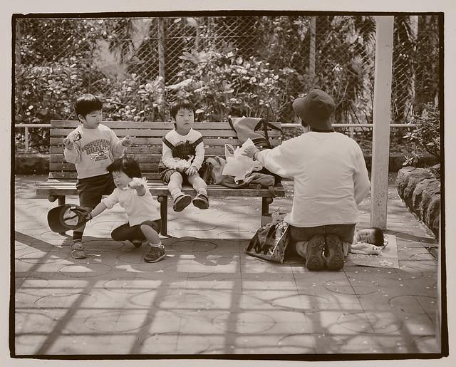 hakusan_56 Family (mother and four kids)