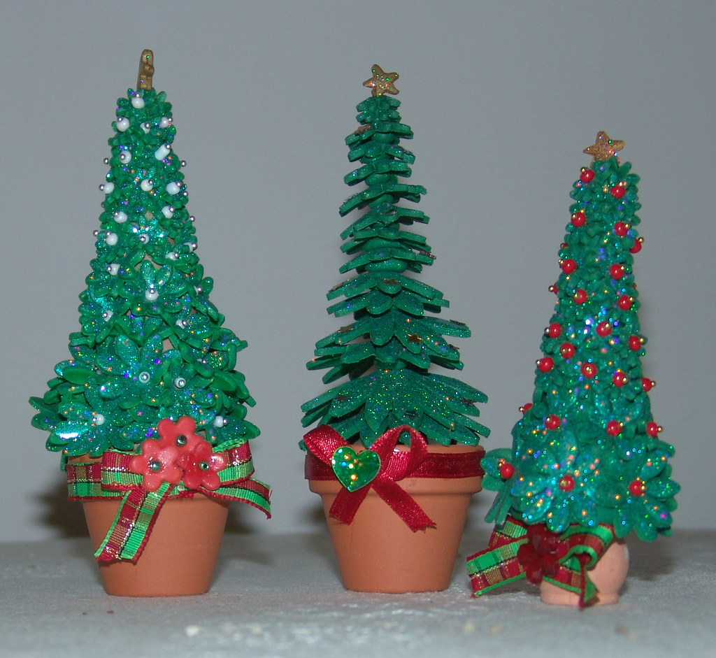 Polymer Clay Christmas Tree.Handmade Glittering Polymer Clay Christmas Trees Miniatur