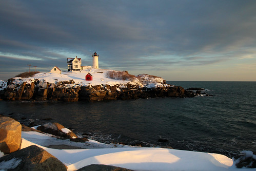 christmas york usa lighthouse day cloudy maine christmaslights nubblelight nubble capeneddick nubblelighthouse capeneddicklight capeneddicklighthouse wbnawneme pwwinter