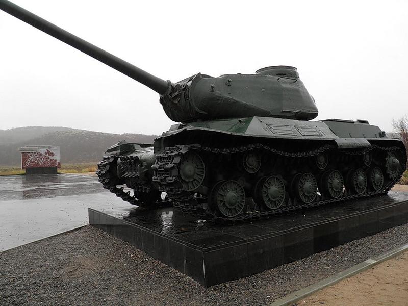 IS-2M (1)