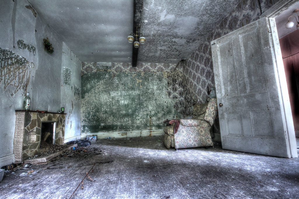 Abandoned Sitting Room HDR