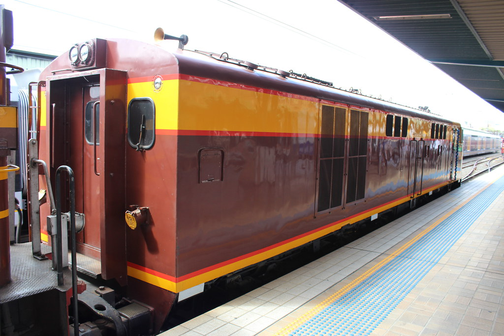 4306 No.2 End by LC1073