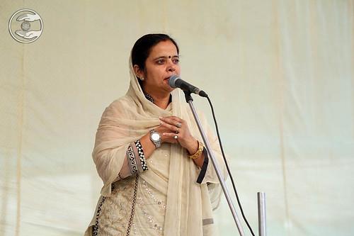 Minakshi from Safdarjang expresses her views