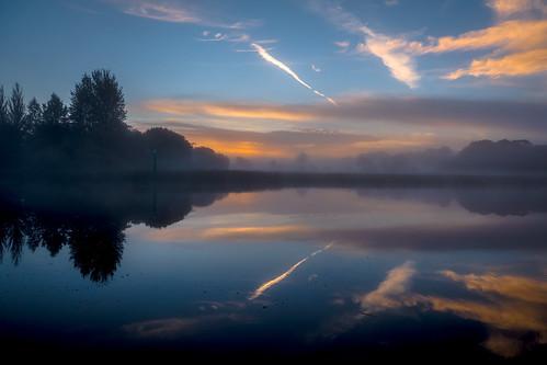 cootehall roscommon ireland boyle river shannon mist dawn sunrise water