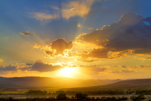 sunset clouds canon landscape evening idaho 7d snakeriver handheld sunrays tamron hdr weiser photomatix farewellbend 2875mm tamron2875mmf28 tamronspaf2875mmf28xrdildasphericalif oregonborder weisersanddunes