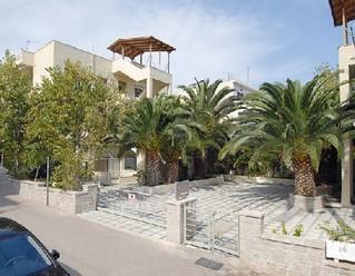 Nyaraljon a Tolo Stella Apartmanban Görögországban.