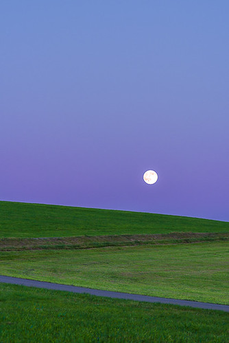 2015_4KS8217, Moonrise over meadow land, Wiggensbach, Germany | by kees van surksum | imaging