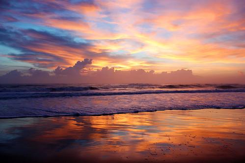 beach sunrise australia burleighheads