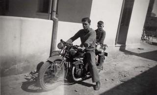 Maroc, Casablanca, 1950, départ pour l'école