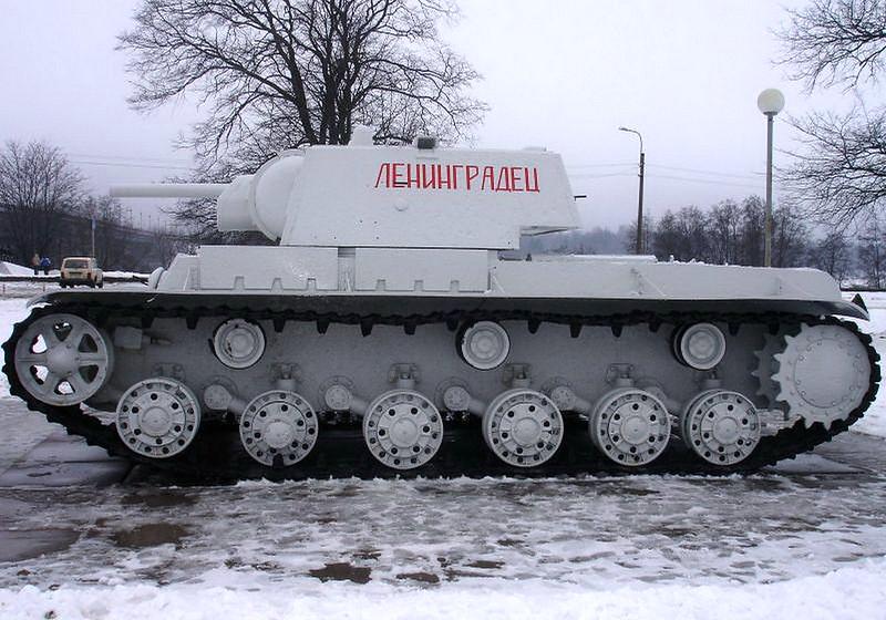 KV-1 Kirovsk (5)