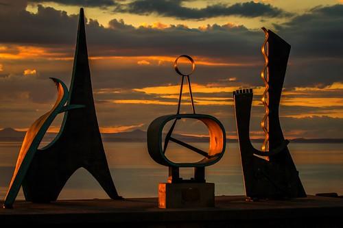 scotland sculpture sunset art prestonpans eastlothian landscape firthofforth