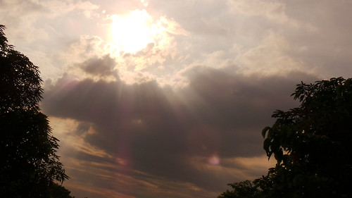 sky day cloudy sunny rays rizal binangonan gc100 sancarlosheights flickrandroidapp:filter=none
