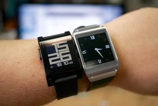 Samsung Galaxy Gear vs Pebble smartwatch | by Janitors
