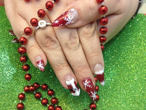 Acrylic nails with Xmas nail art | by Eye Candy Nails Nic Senior