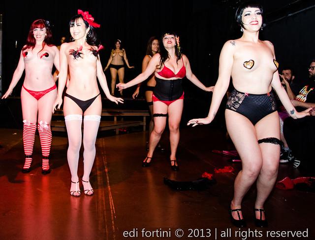 Burlesque Revaudeville | Dezembro 2013