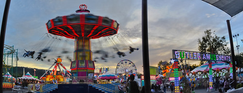 california sunset red summer motion color june nikon ride spin over large fair panoramic motionblur butler rides eastbay midway stitched pleasanton alamedacounty alamedacountyfair 2014 lightstream butleramusements d700