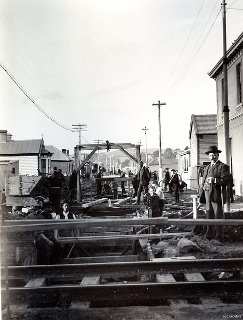 Sewerage pipe construction, c1912