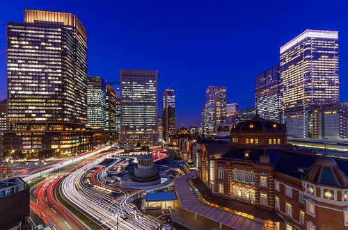 city longexposure nightphotography japan night landscape tokyo evening twilight cityscape nightscape nightshot pentax dusk 東京 lighttrails nightview 夜景 tokyostation k5 marunouchi 東京駅 丸の内 光跡 摩天楼 薄暮 pentaxk5