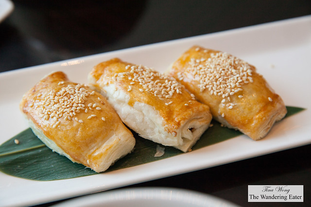 Baked barbecue pork puff pastries