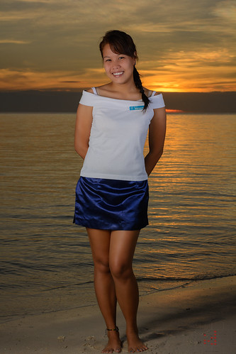 ocean blue sunset red sea sexy girl beautiful yellow lady golden dress skirt filipina phl philippinen negrosoccidental sipalay