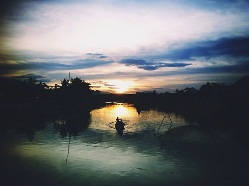 travel sunset lake landscape hoian iphone iphonegraphy iphoneography uploaded:by=flickrmobile dublinfilter flickriosapp:filter=dublin newflickrcam