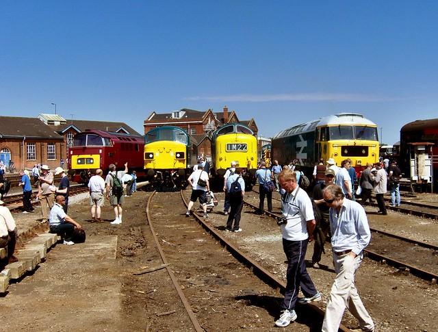 D1015, 45060, 55022 & 47580 (23-5-09) Eastleigh