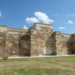 Sultanhanı Kervansarayi - exterior walls, winter quarters