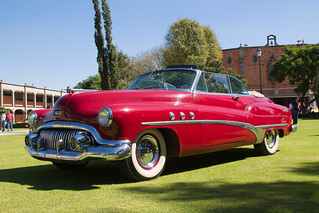 Buick Eight | by Francisco Soto