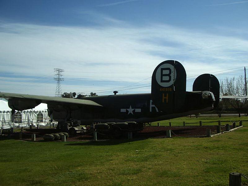 B-24M Liberator (1)